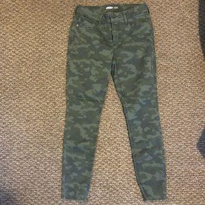 Old Navy Camo Skinny Jeans